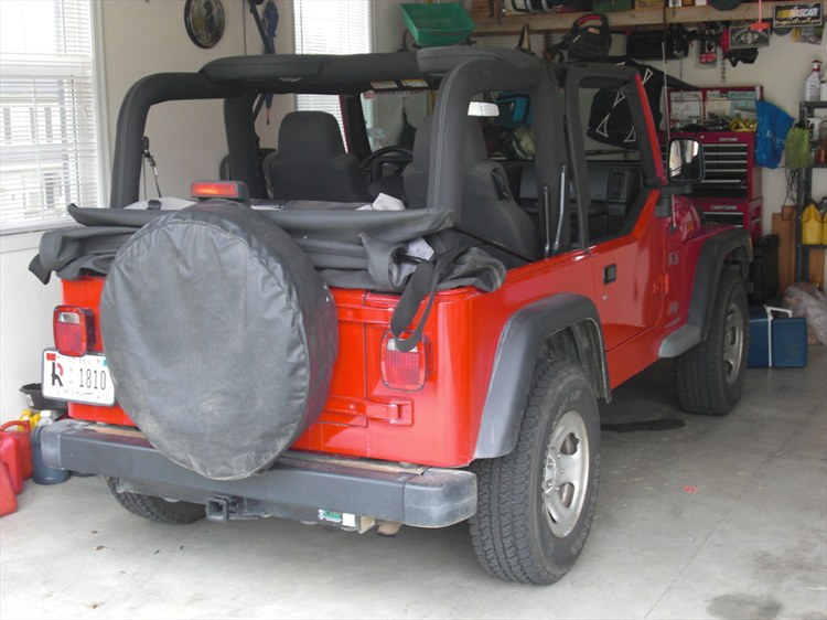 redJeep2 2003 Jeep Wrangler 13315439