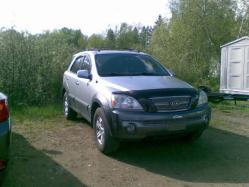 whitedrifters 2004 Kia Sorento