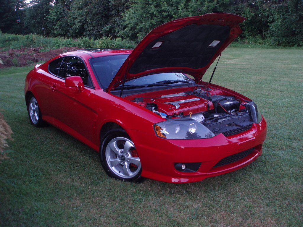 glaird 39 s 2006 hyundai tiburon page 2 in charlottetown pe. Black Bedroom Furniture Sets. Home Design Ideas