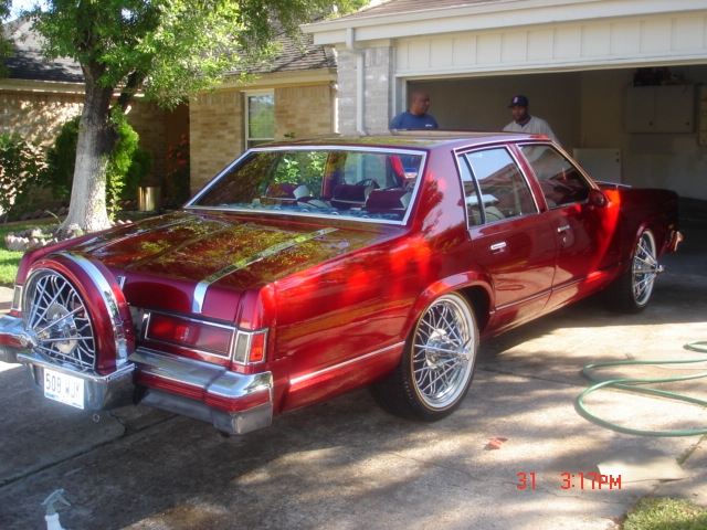 Another RIDIN4Z 1977 Oldsmobile Delta 88 post... - 13320417