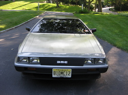 DMC-12s 1981 DeLorean DMC-12