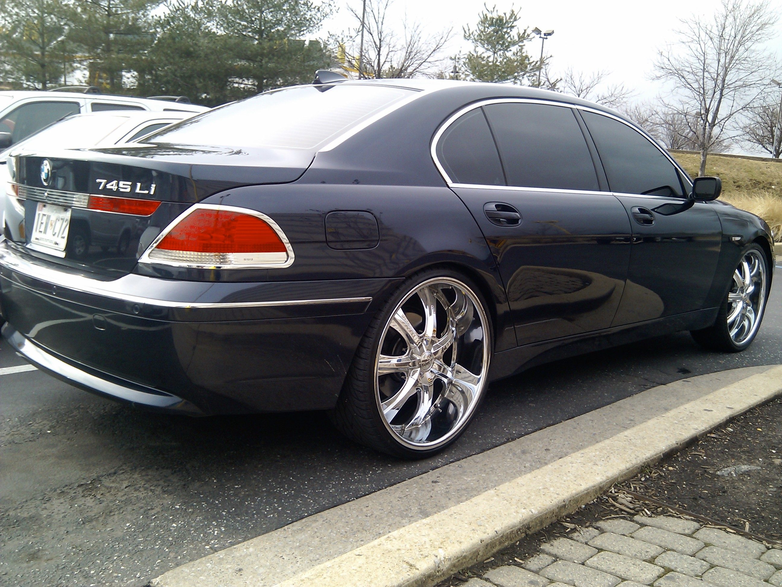 Trayp24 2005 Bmw 7 Series Specs Photos Modification Info At Cardomain