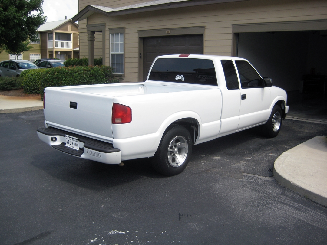 matt clifford 2002 chevrolet s10 extended cab specs photos modification info at cardomain. Black Bedroom Furniture Sets. Home Design Ideas