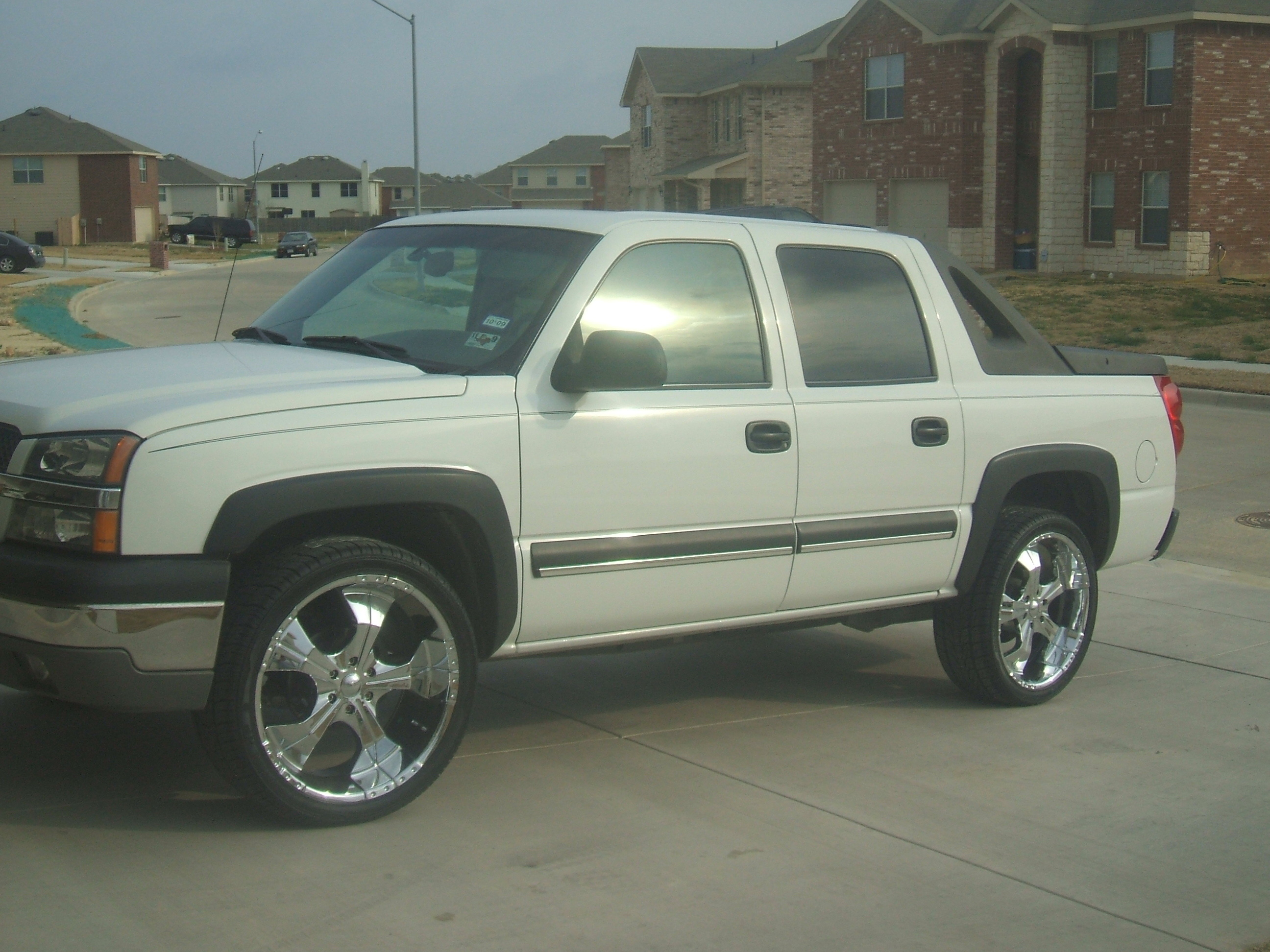 kingshit01 2003 chevrolet avalanche specs photos modification info at cardomain. Black Bedroom Furniture Sets. Home Design Ideas