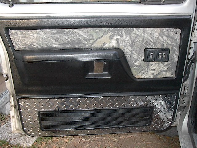 1000 Images About Custom Hunting Truck On Pinterest Dodge Ramcharger Gun Racks And Diamond Plate