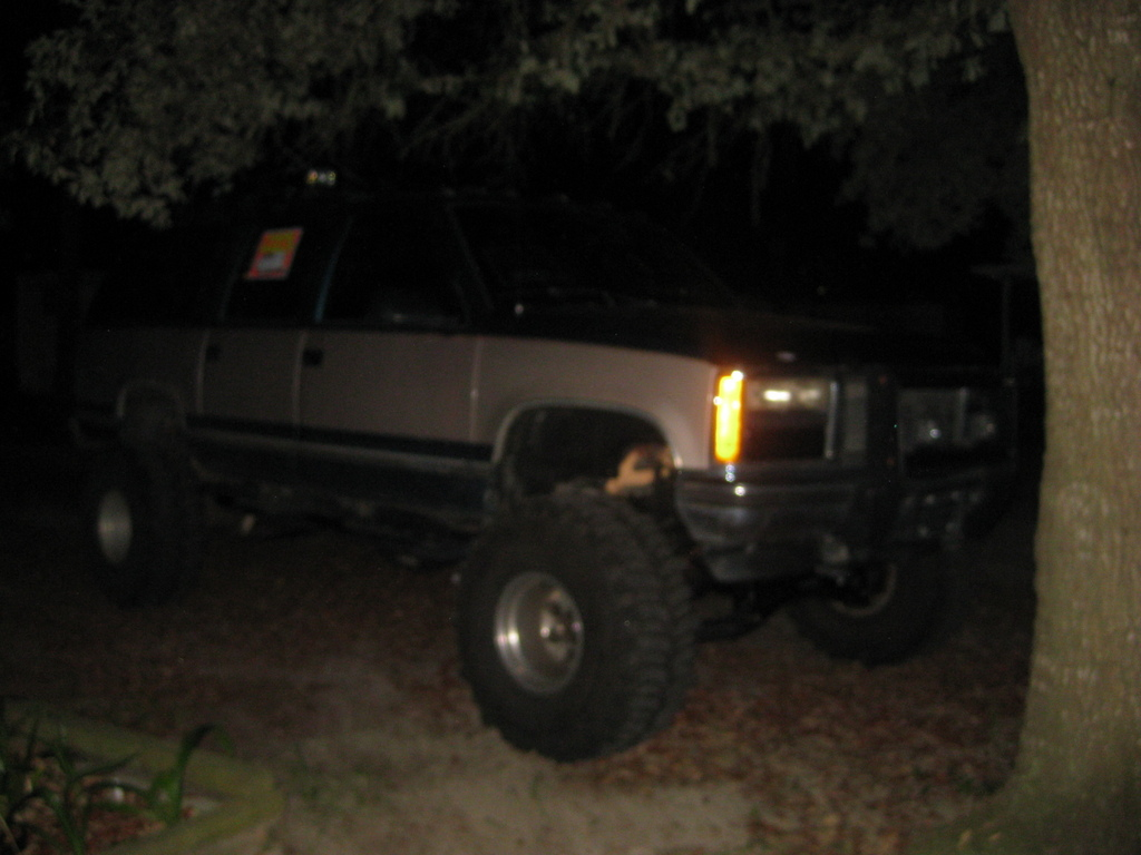Another frank_24 1993 GMC Suburban 1500 post... - 13343435