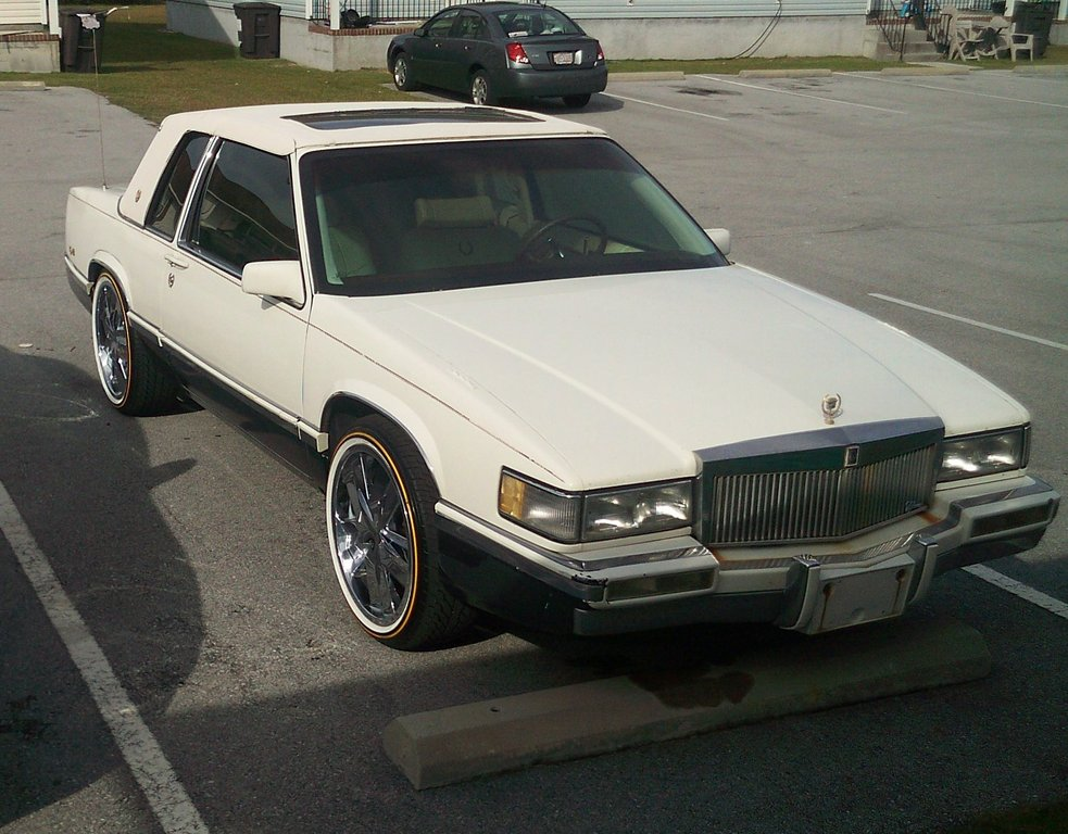 dino_2k4 1991 Cadillac DeVille Specs, Photos, Modification Info at