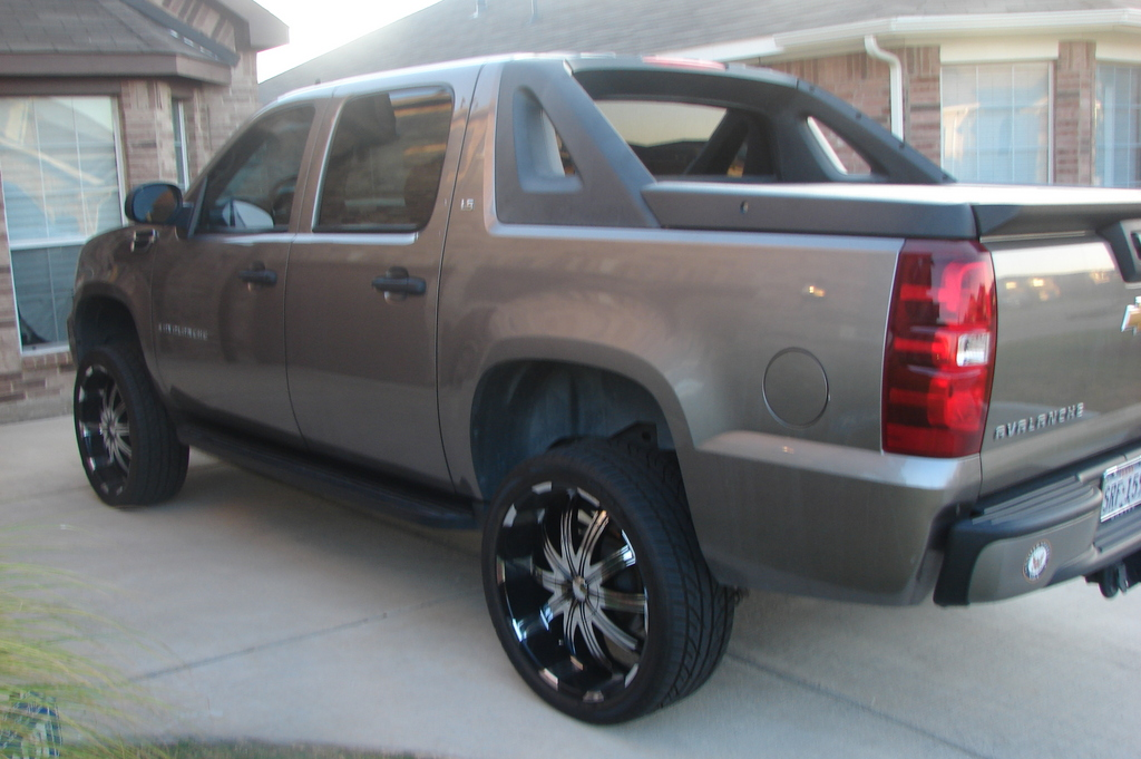 Another RickG6 2007 Chevrolet Avalanche post... - 13338603