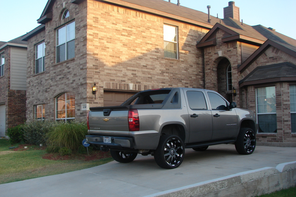 Another RickG6 2007 Chevrolet Avalanche post... - 13338604