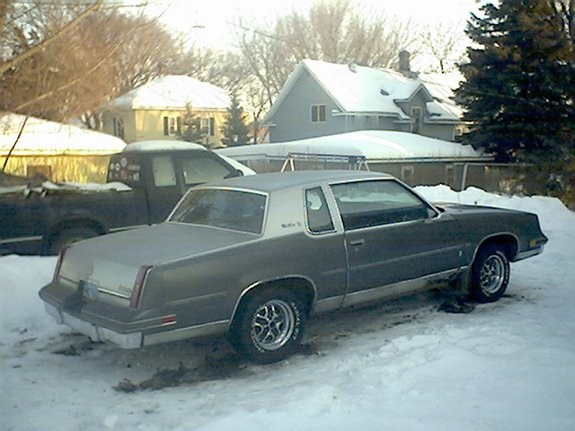 85-oldsCutlass 1985 Oldsmobile Cutlass Supreme 9568463