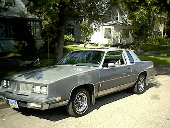 85-oldsCutlass 1985 Oldsmobile Cutlass Supreme 9568488