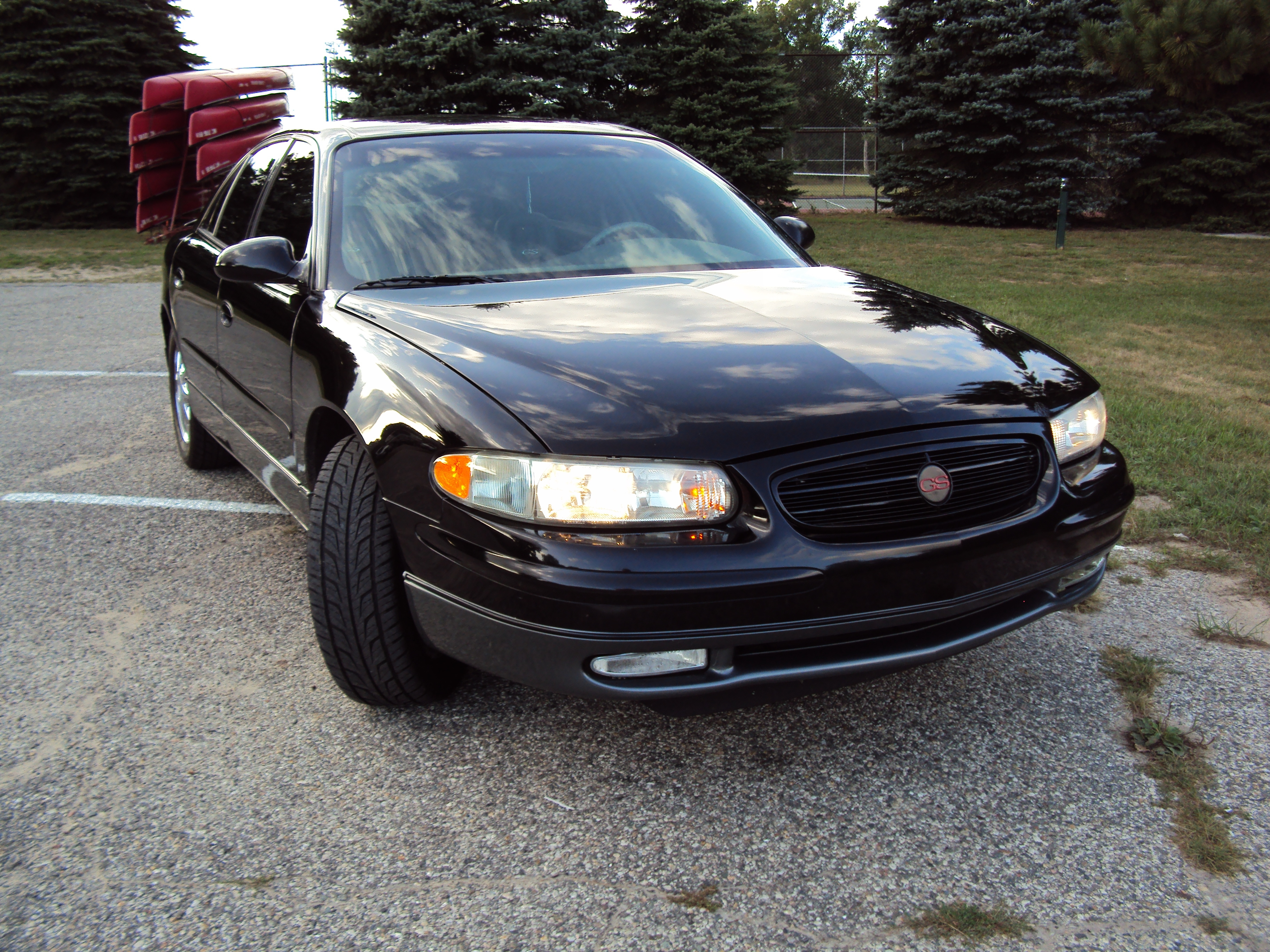 wussup 20002000 39 s 2000 buick regal in greenville mi. Black Bedroom Furniture Sets. Home Design Ideas