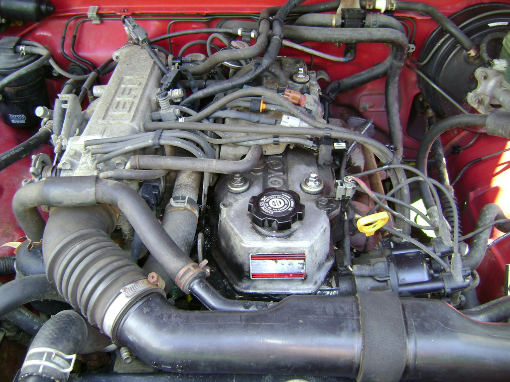 1989 Mazda B2200 Engine Parts Diagram in addition Egr Vacuum Line Routing Correct moreover Watch likewise Toyota 22re Wiring Diagram 1989 Pickup Engine 123754 95 Fuel in addition Need 1981 Ca Vacuum Diagram Fsm Download Pic Ideal 212687. on 1986 toyota 22re diagram