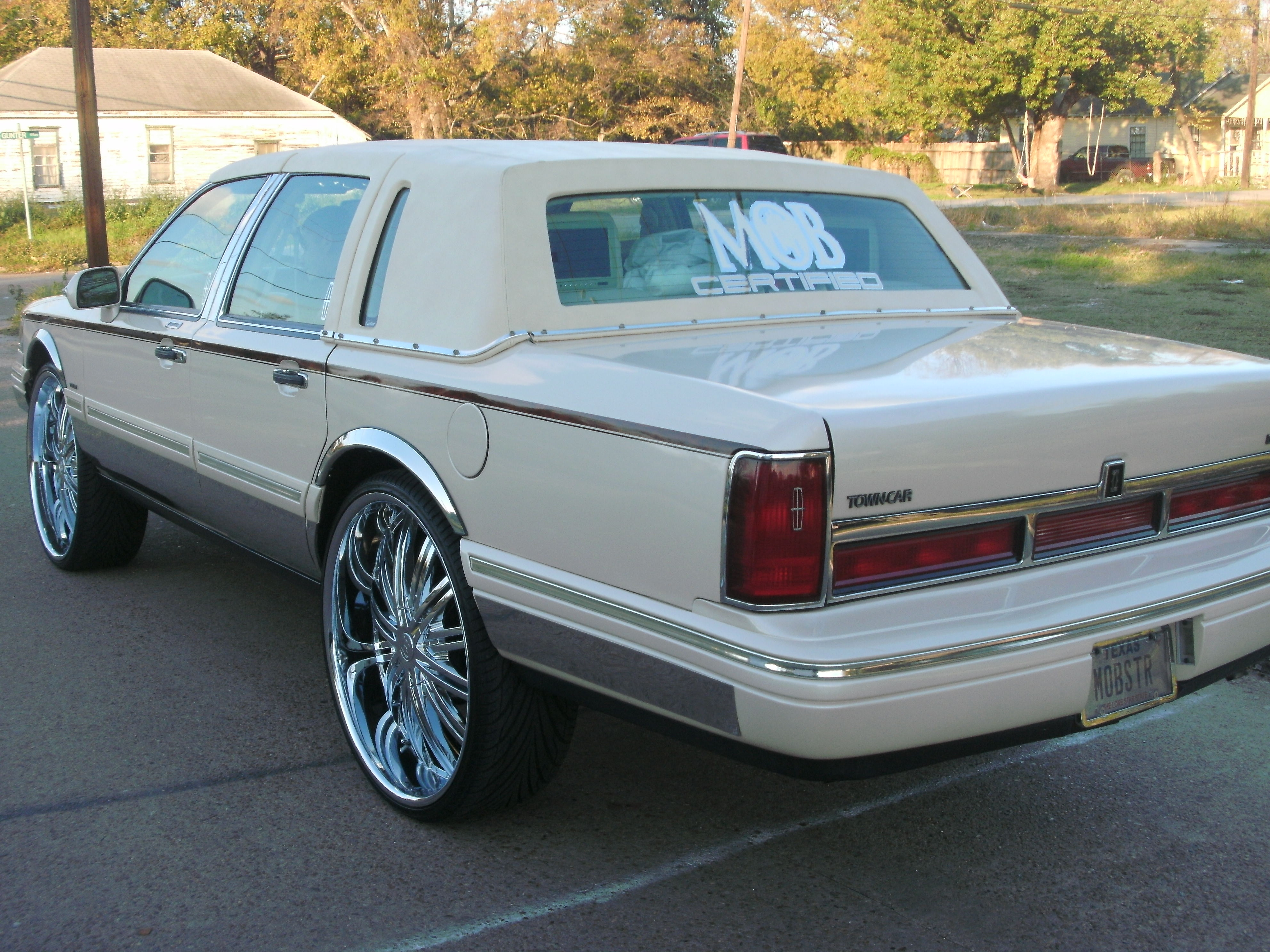 Another mobster26 1996 Lincoln Town Car post... - 13370916