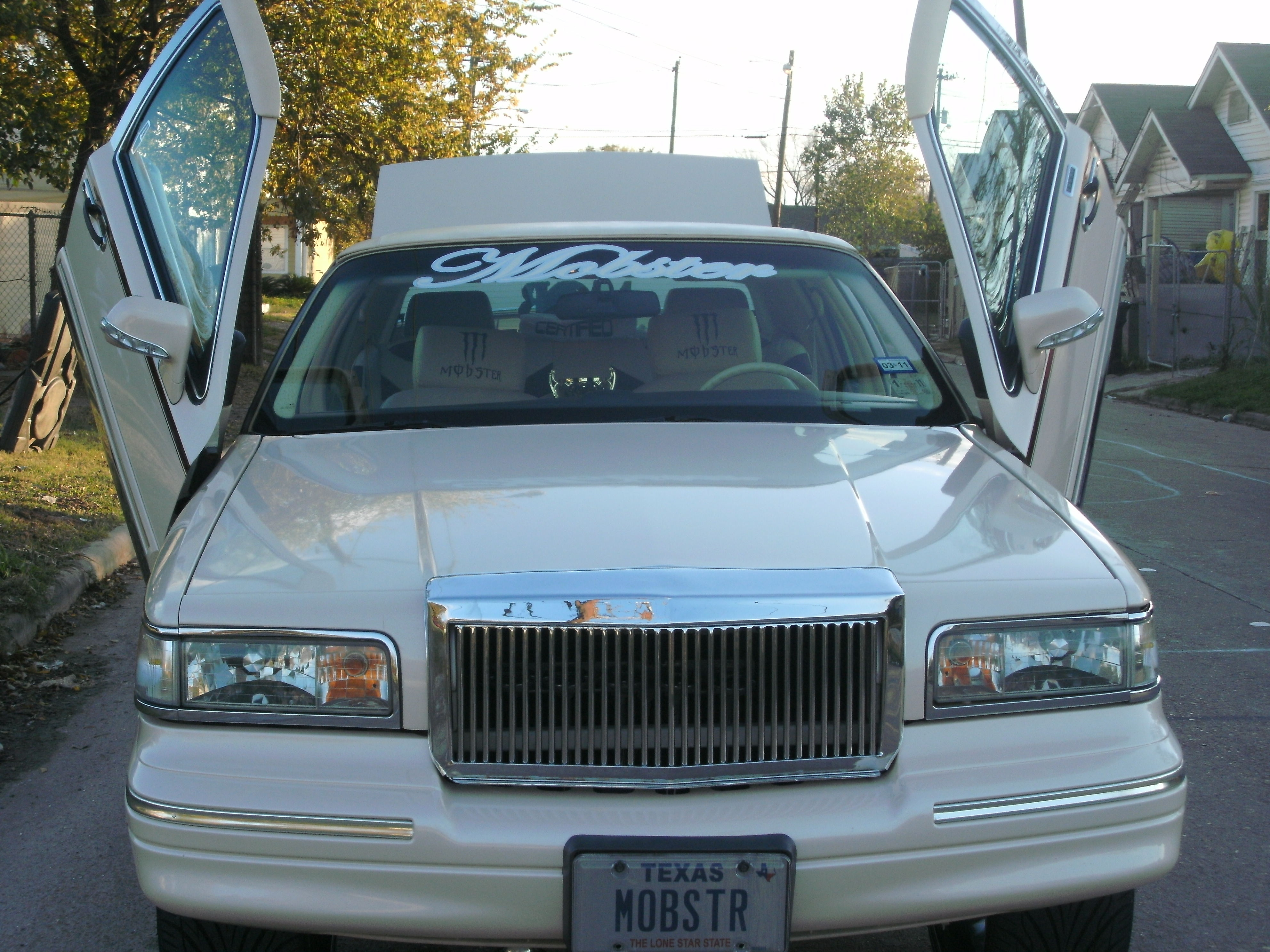 Another mobster26 1996 Lincoln Town Car post... - 13370920