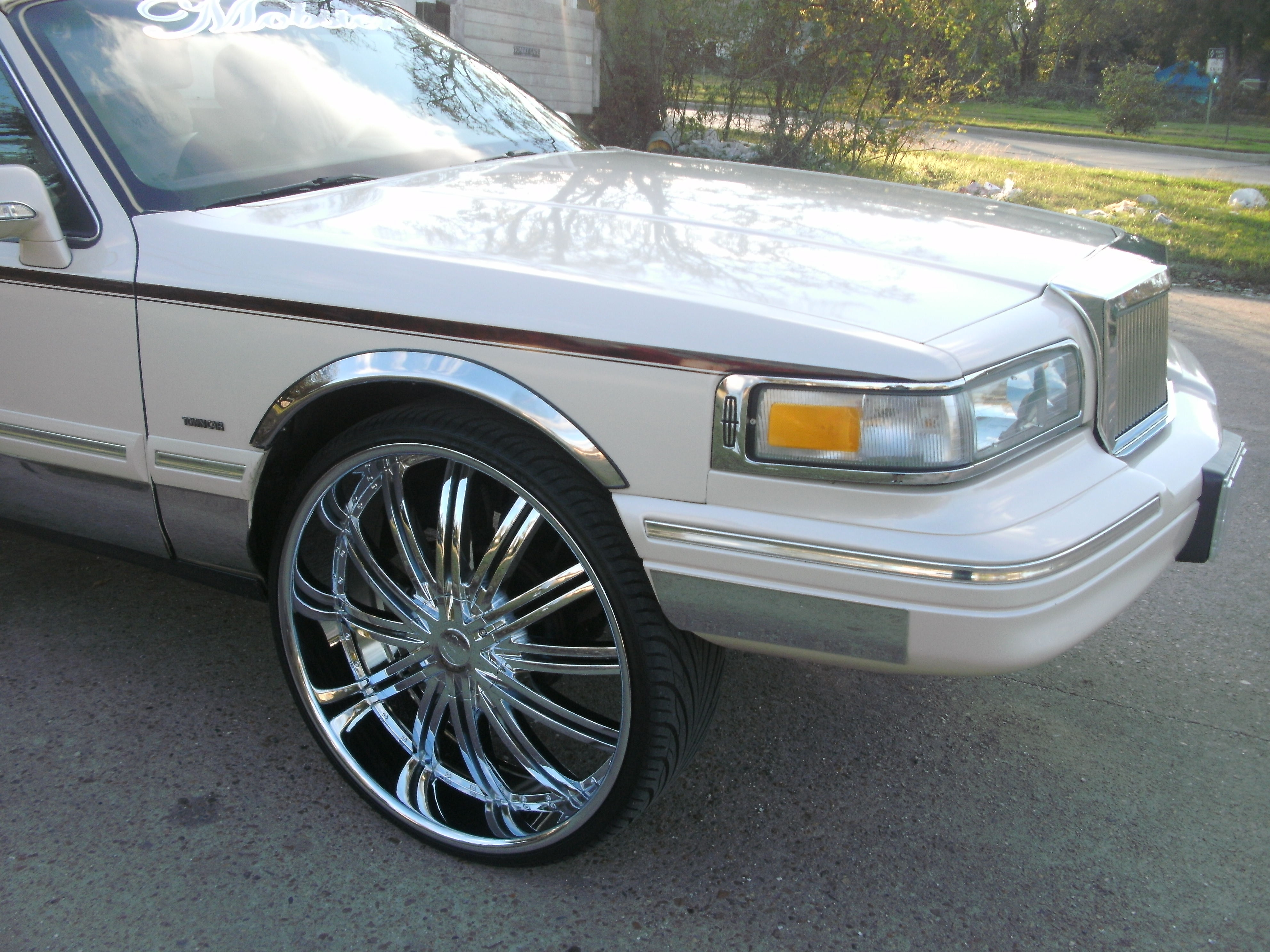 Another mobster26 1996 Lincoln Town Car post... - 13370941