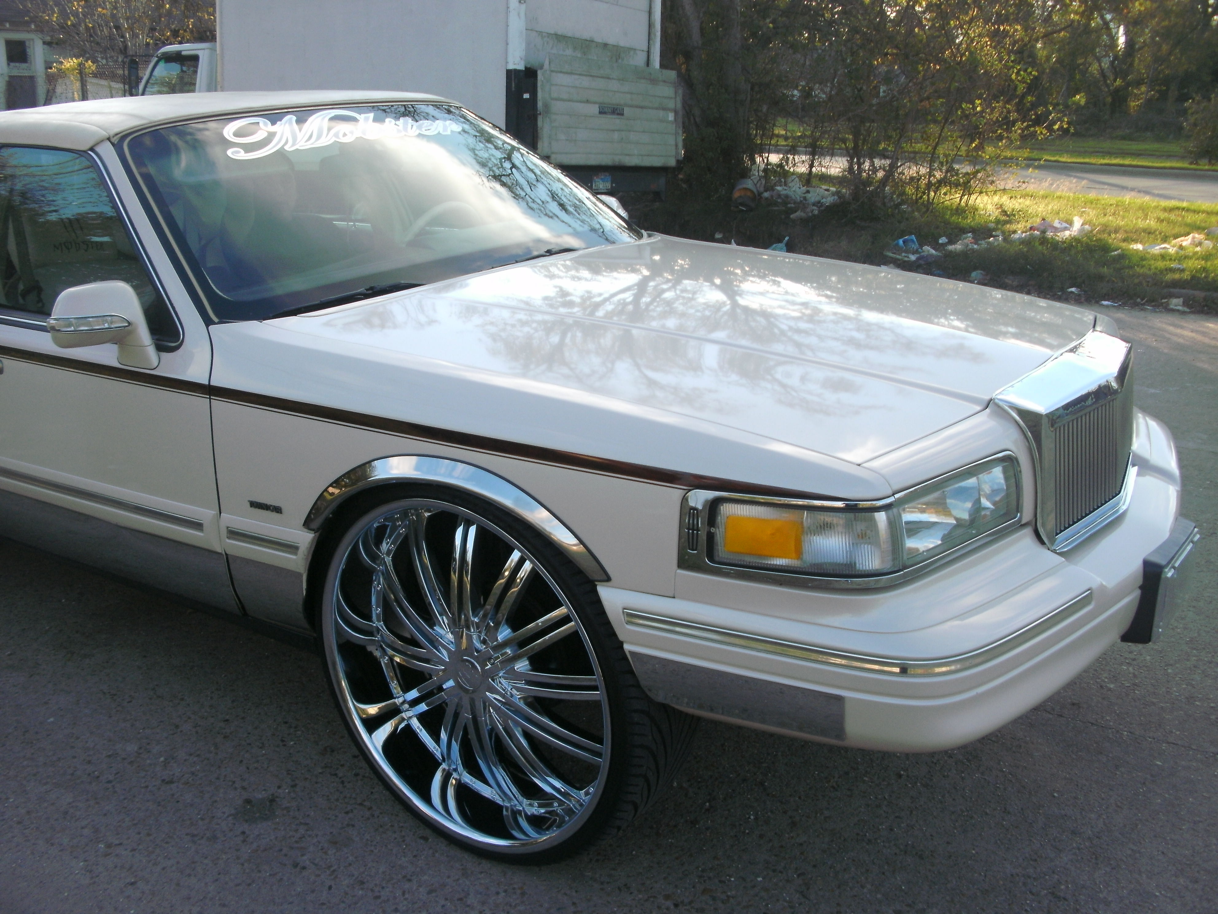 Another mobster26 1996 Lincoln Town Car post... - 13370942