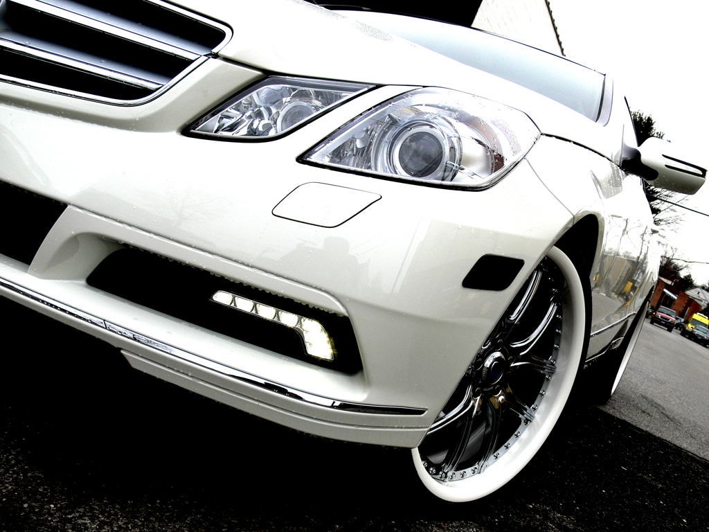 YoUnG_MoNeY_BX 2010 Mercedes-Benz E-Class
