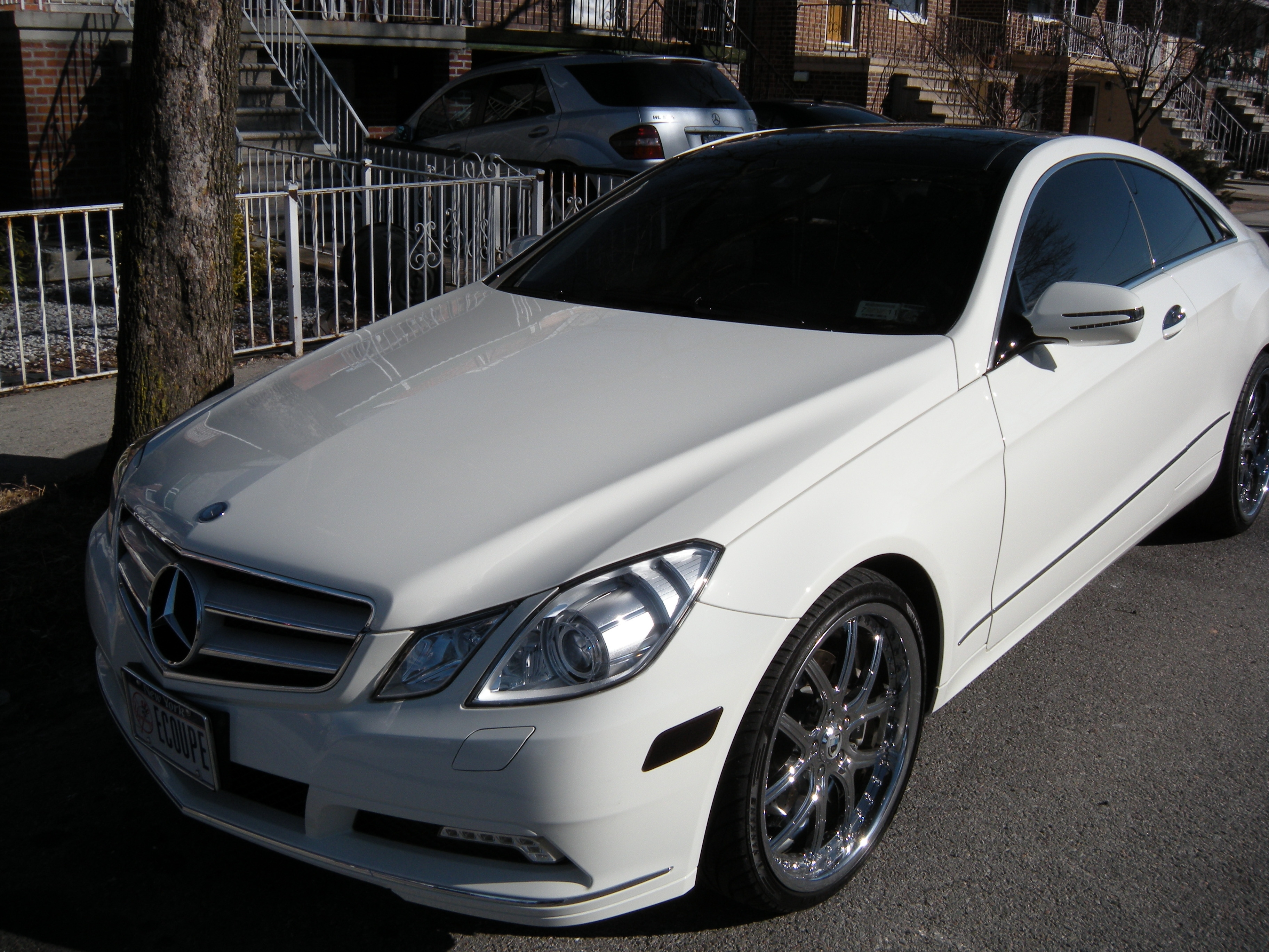 YoUnG_MoNeY_BX 2010 Mercedes-Benz E-Class 13358734