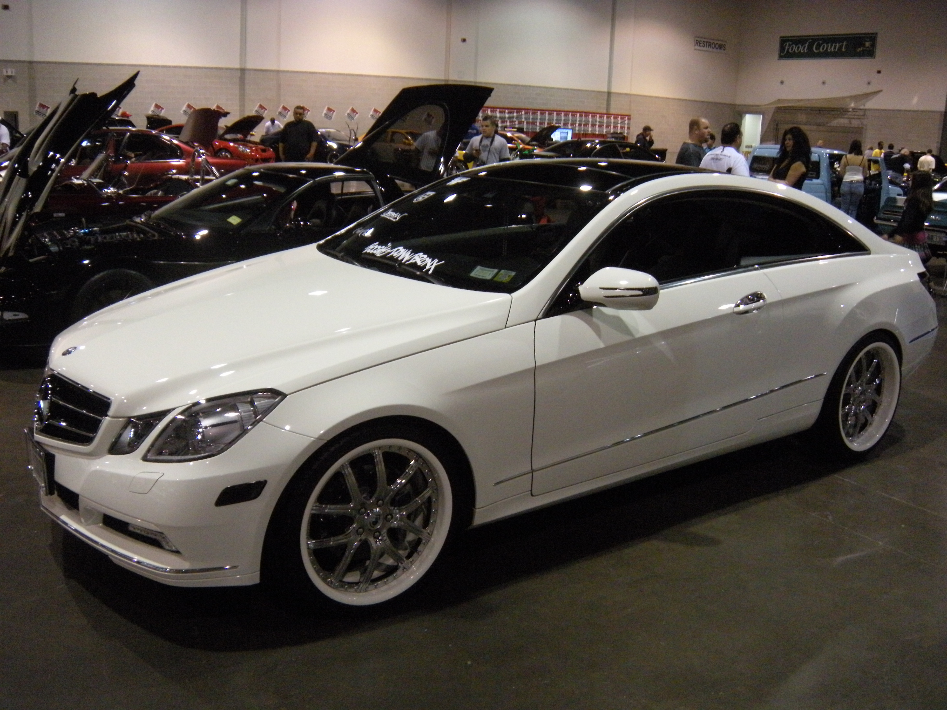 YoUnG_MoNeY_BX 2010 Mercedes-Benz E-Class 13358765