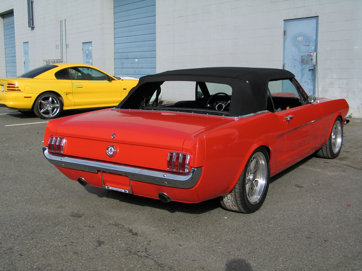 vertible 1964 Ford Mustang 15315007