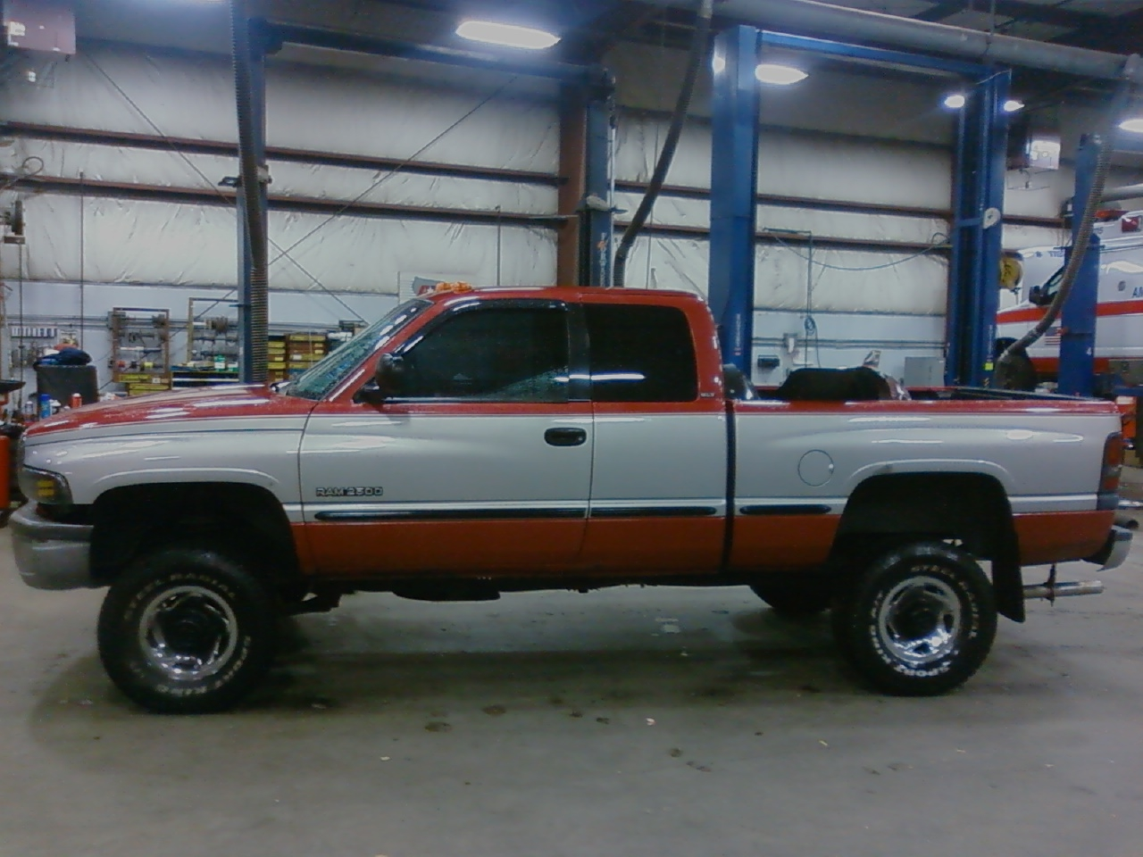 deceptidodge 1998 dodge ram 2500 club cab specs photos modification info at cardomain. Black Bedroom Furniture Sets. Home Design Ideas