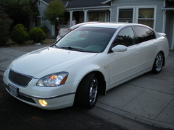 uniqueyungballers 2004 Nissan Altima