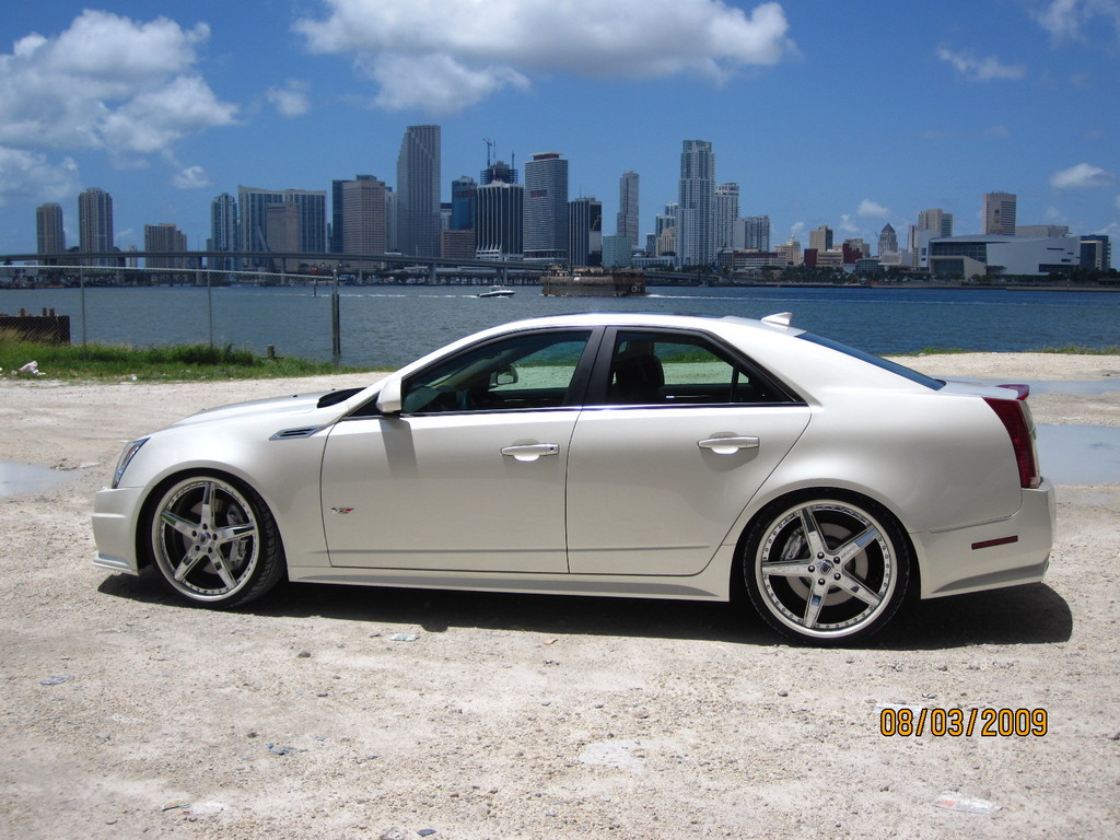 Another ASH77 2009 Cadillac CTS post... - 13379827
