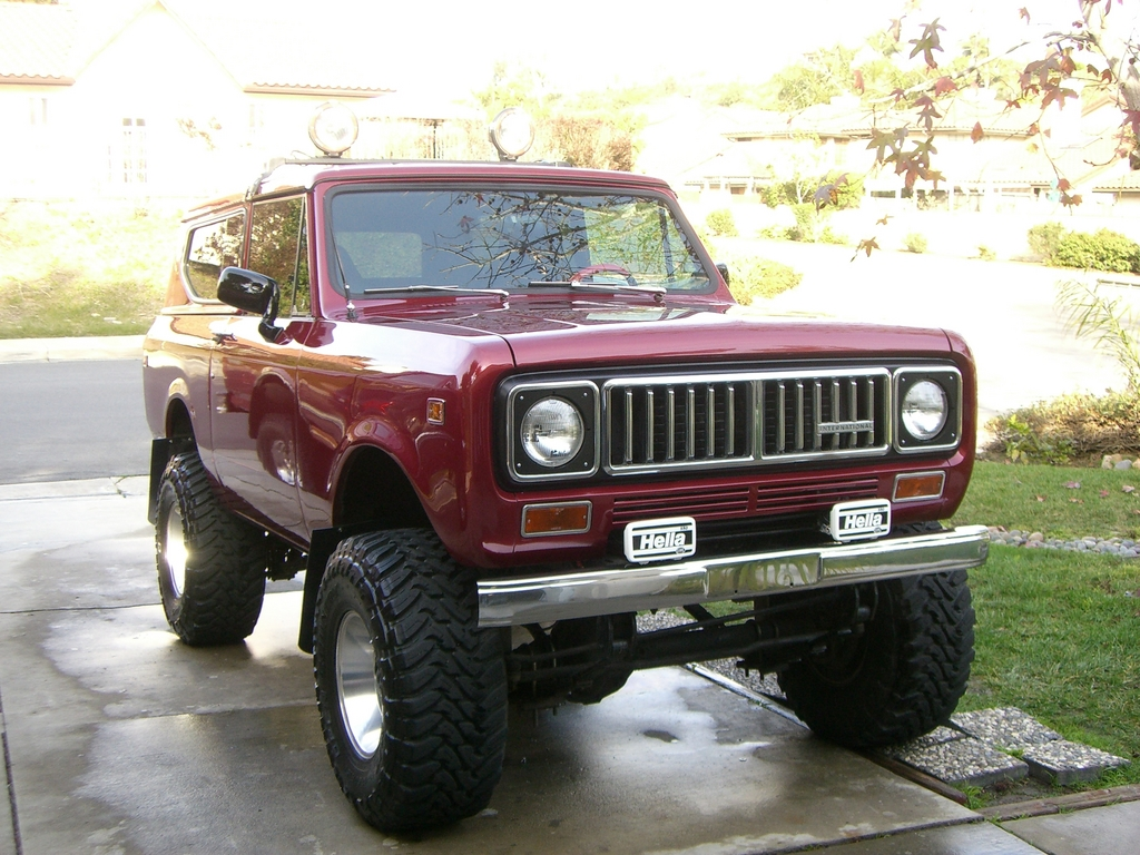 Top 1975 International Scout
