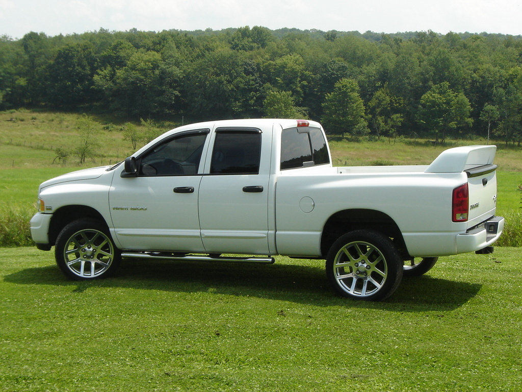 chiddy 2004 dodge ram 1500 regular cab specs photos modification info at cardomain. Black Bedroom Furniture Sets. Home Design Ideas