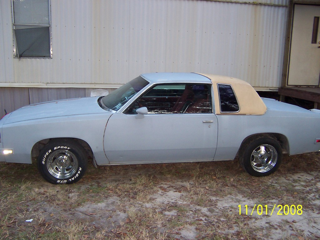 Another I-AINT-GOT-IT 1985 Oldsmobile Cutlass Supreme post... - 13383677