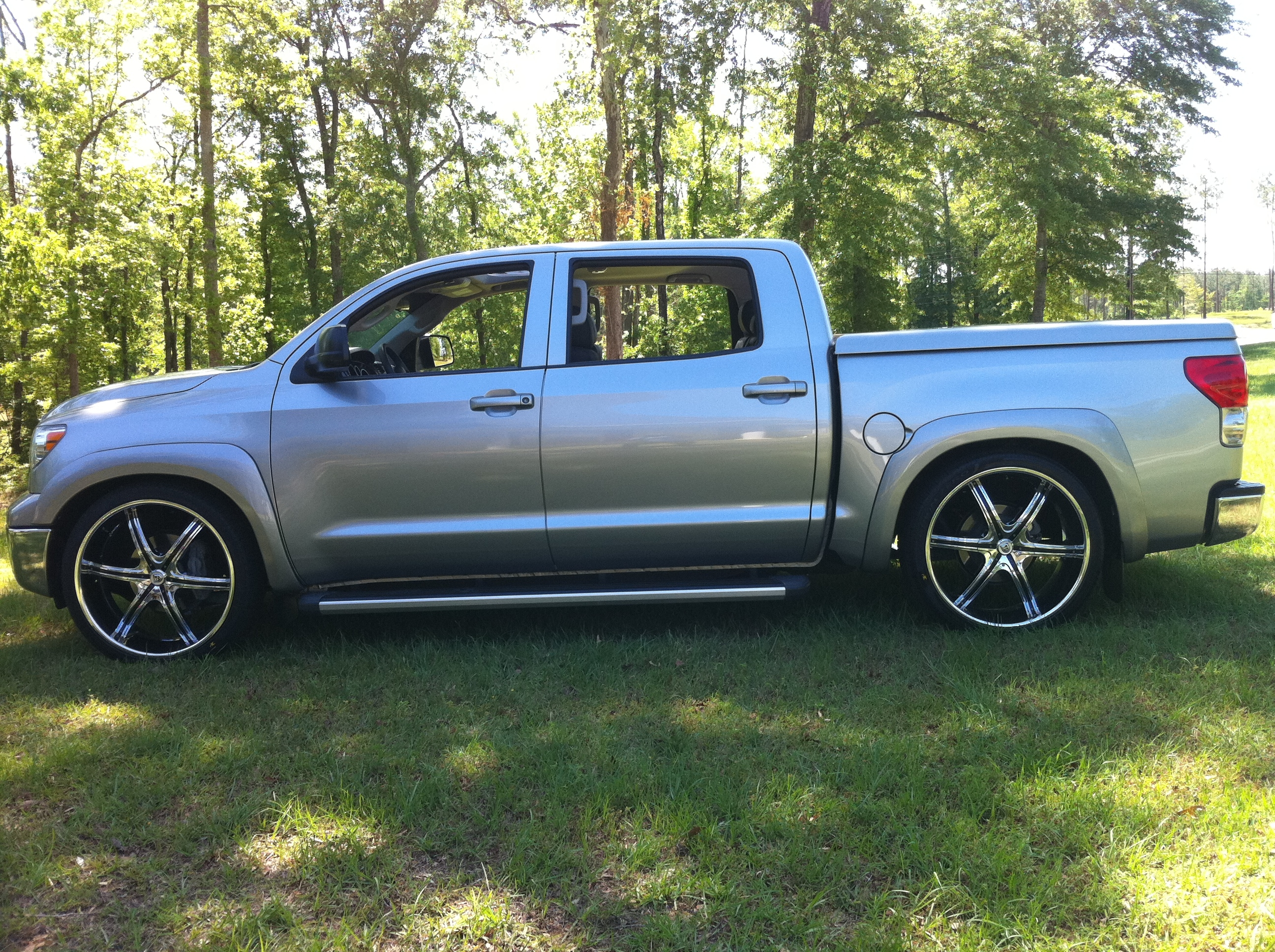 kedice 2009 toyota tundra crewmaxsr5 specs photos modification info at cardomain. Black Bedroom Furniture Sets. Home Design Ideas