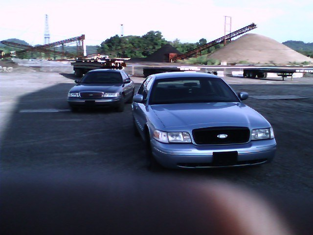 Another cHevySmoka 2000 Ford Crown Victoria post... - 13578663
