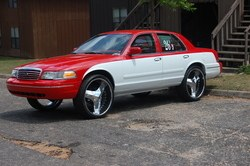 Another cHevySmoka 2000 Ford Crown Victoria post... - 13578680