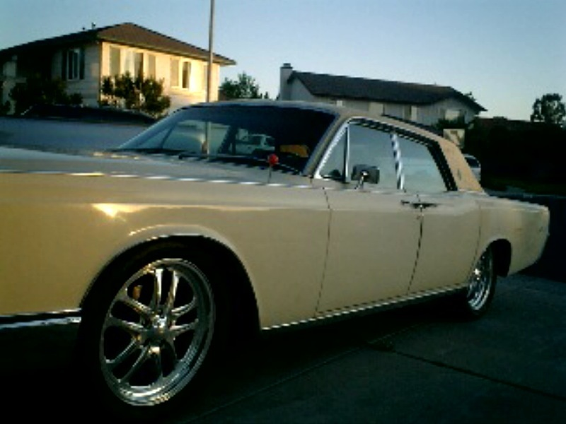 Another sadida011 1969 Lincoln Continental post... - 13656628