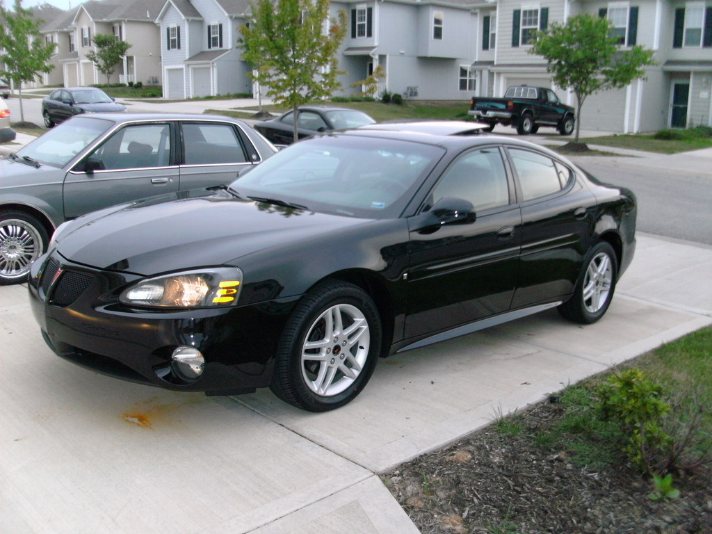 Mr Hollywood313 2006 Pontiac Grand Prix Specs Photos Modification Info At Cardomain