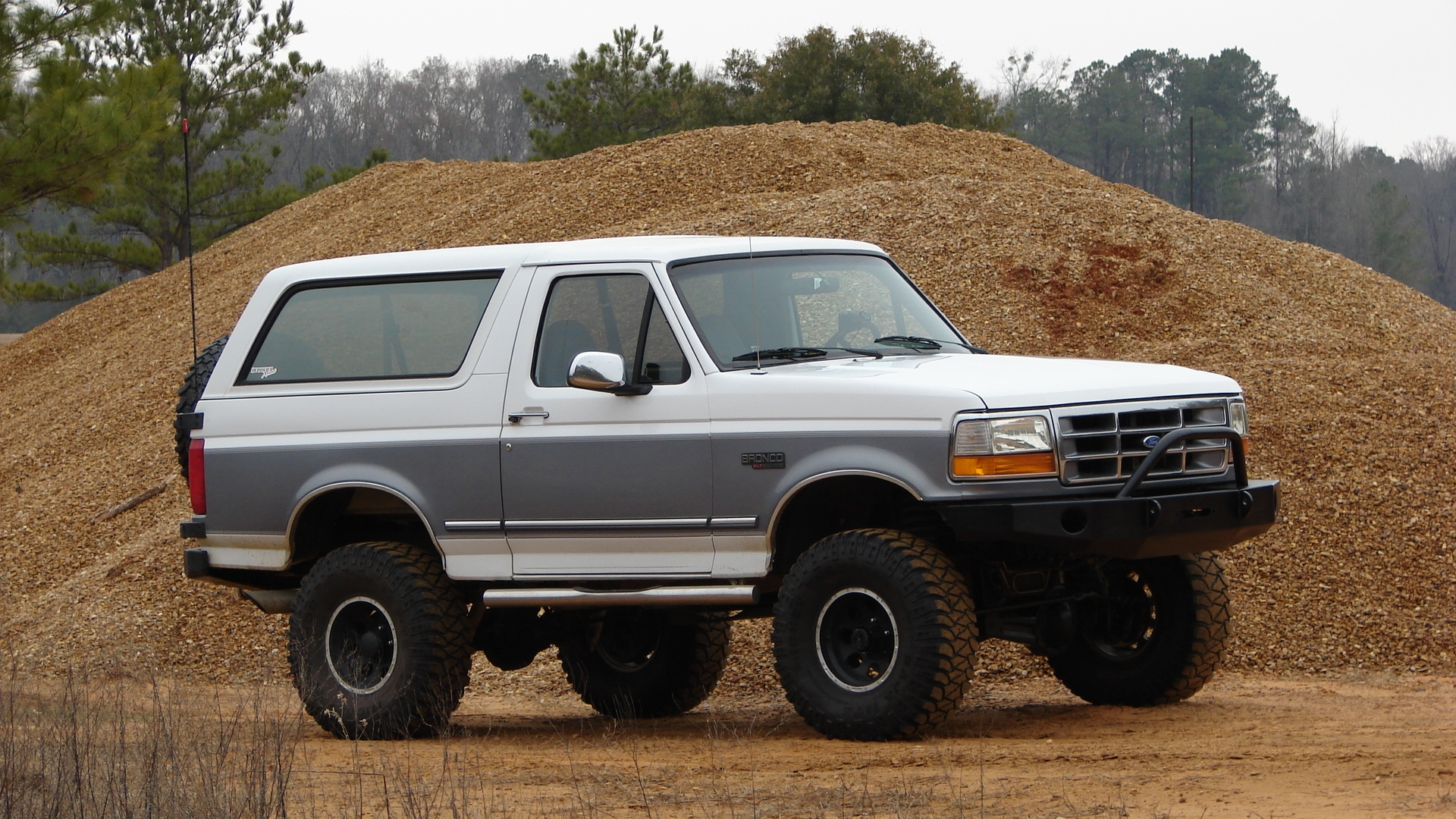 Original on 1995 Ford Bronco Prerunner