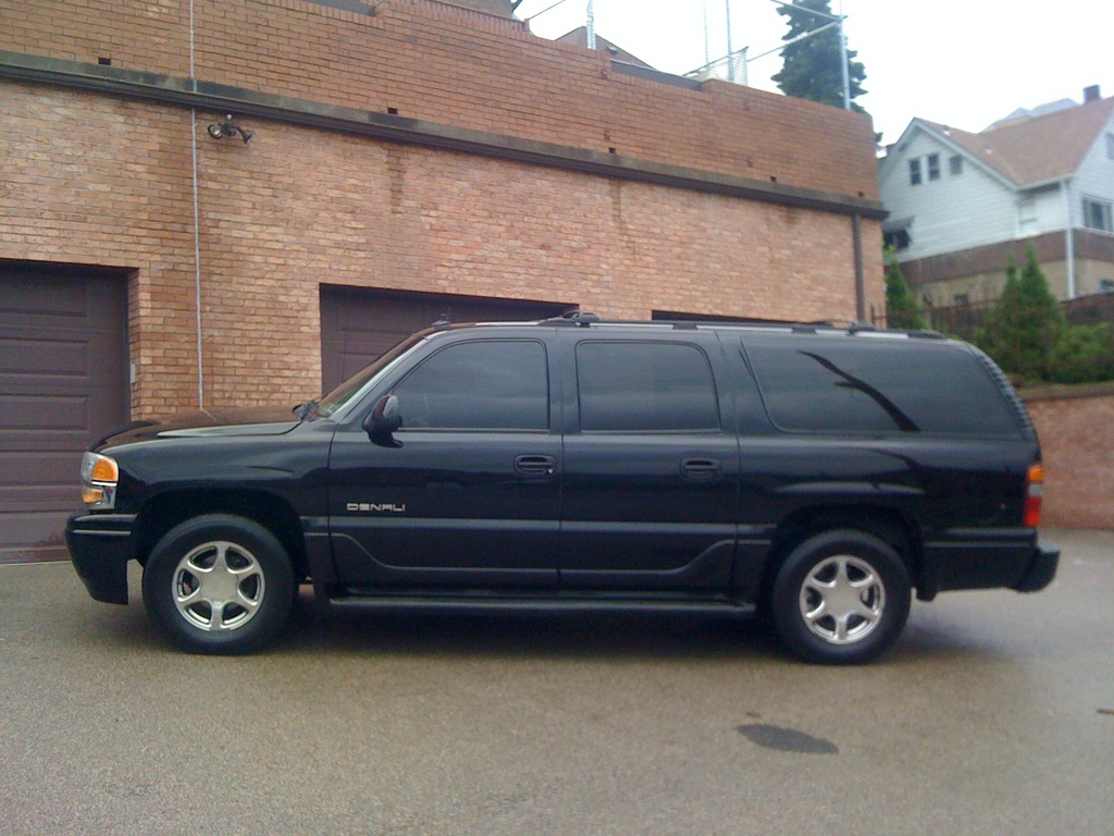 kickerdenali 2003 gmc yukon denali specs photos. Black Bedroom Furniture Sets. Home Design Ideas