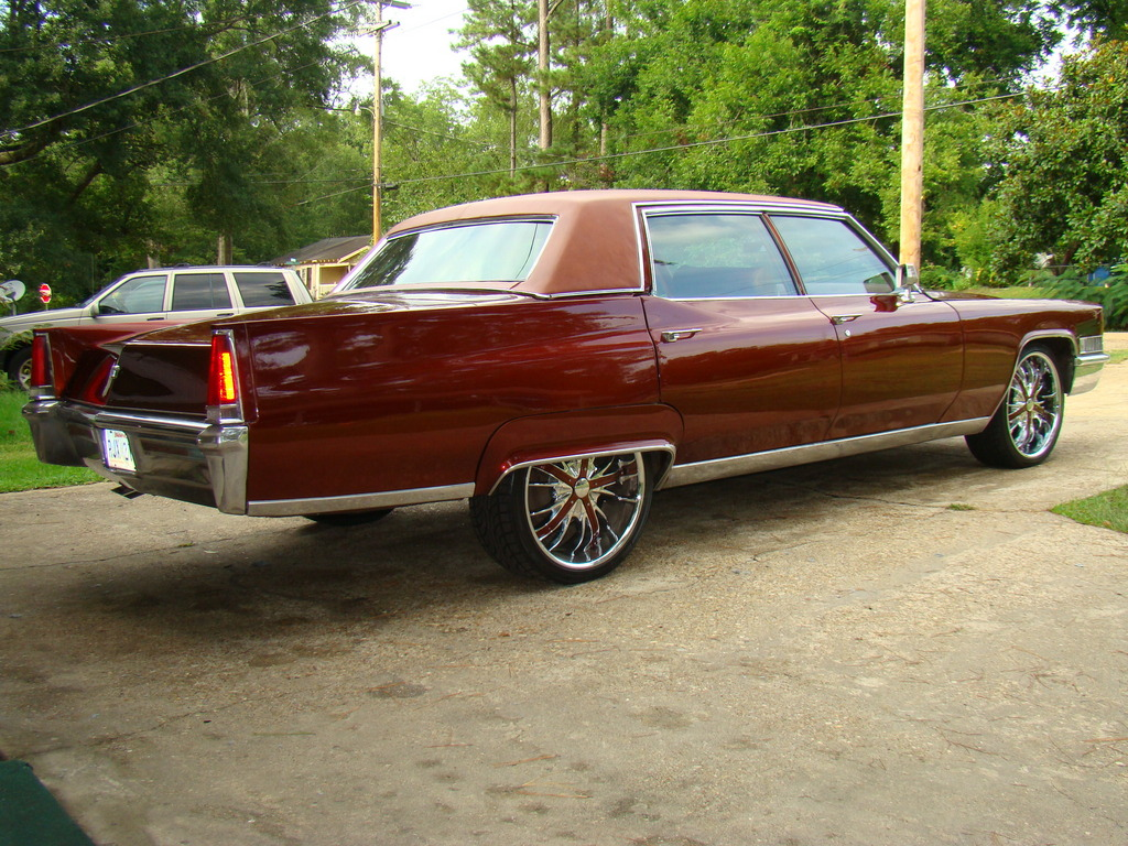 gjpalmer 1969 Cadillac Fleetwood Specs, Photos, Modification Info at
