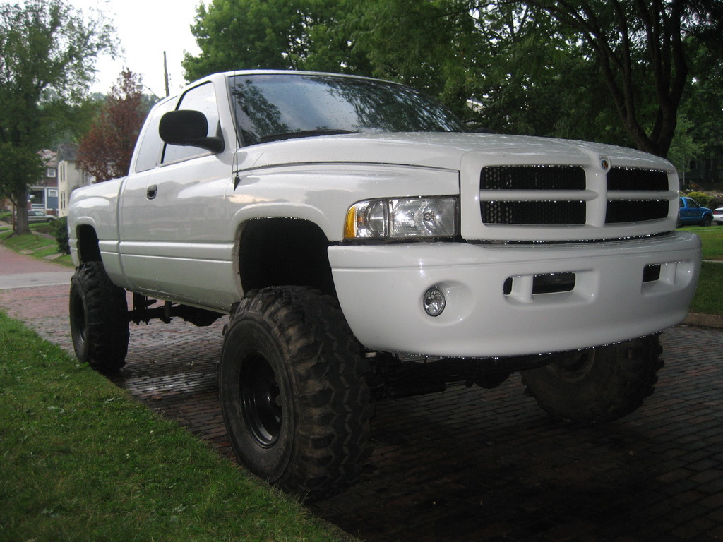 neilwynn 2000 dodge ram 1500 regular cab specs photos modification info at cardomain. Black Bedroom Furniture Sets. Home Design Ideas