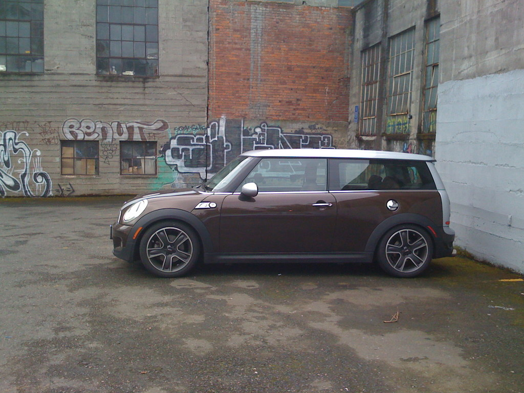 Another cjthor 2008 MINI Clubman post... - 13727719
