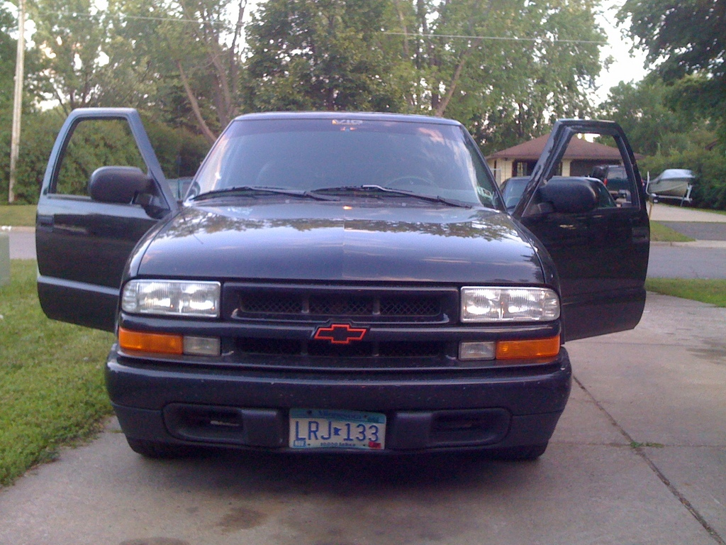 sss10rider 1998 chevrolet s10 regular cab specs photos modification info at cardomain. Black Bedroom Furniture Sets. Home Design Ideas