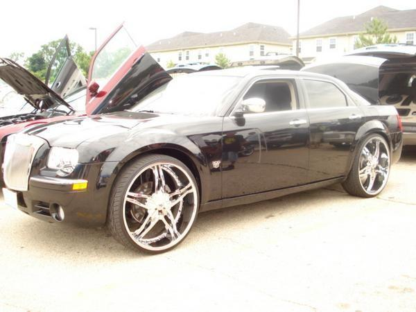 devious300c 2007 Chrysler 300 13600094