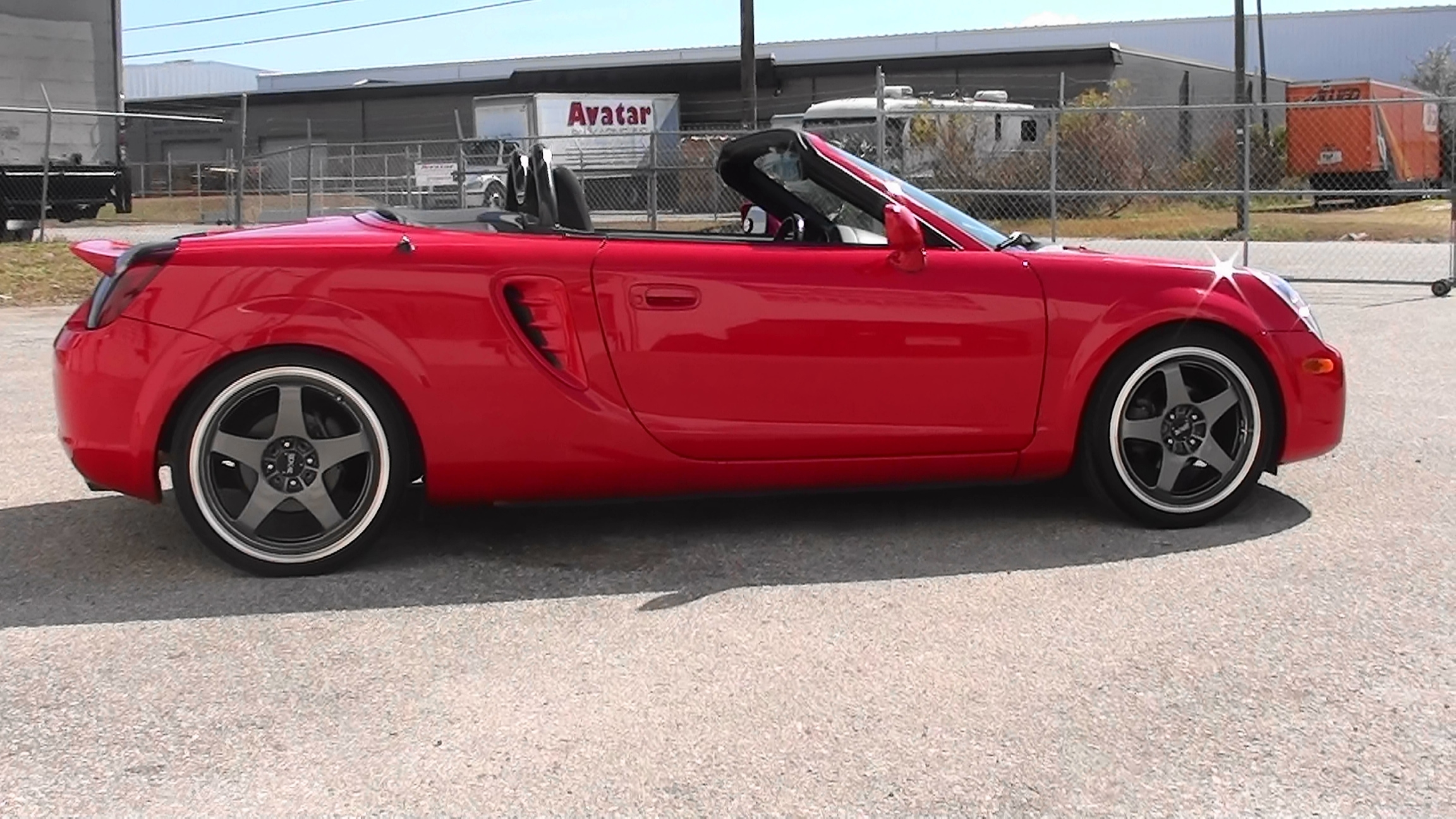 Autoxtyle2 2003 toyota mr2 spyderconvertible 2d specs photos modification info at cardomain for Mr2 spyder interior accessories