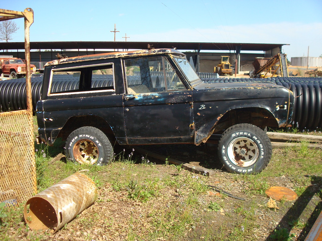 Another triggers68 1969 Ford Bronco post... - 13611445