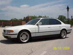 LVMoneyMakers 2000 BMW 7 Series