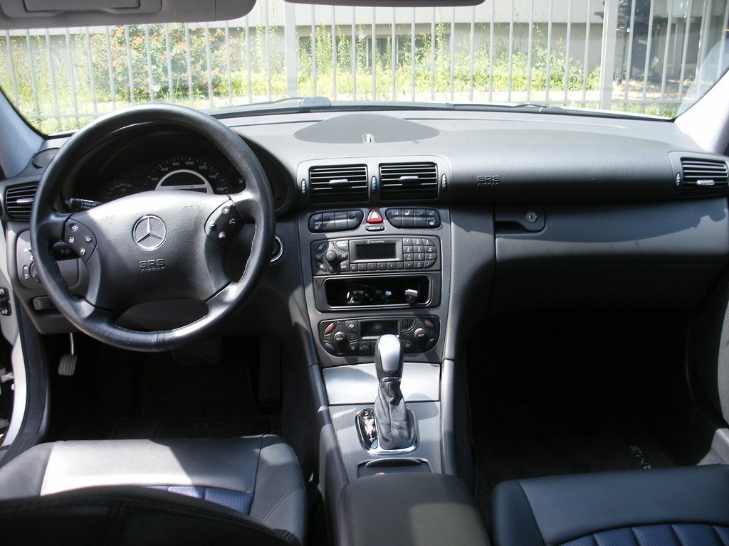 the gallery for mercedes c class 2002 interior. Black Bedroom Furniture Sets. Home Design Ideas