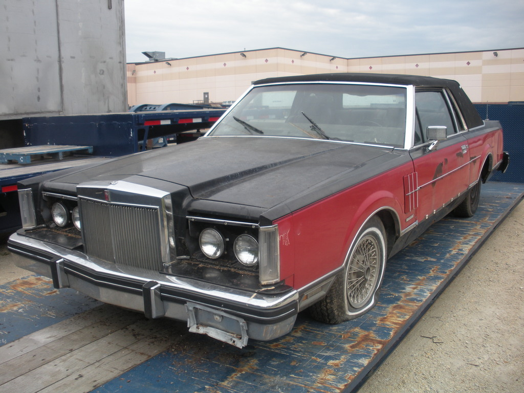adean92's 1982 Lincoln Mark VI