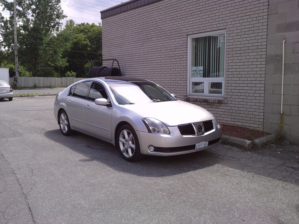 Another silver-black04 2004 Nissan Maxima post... - 13637956