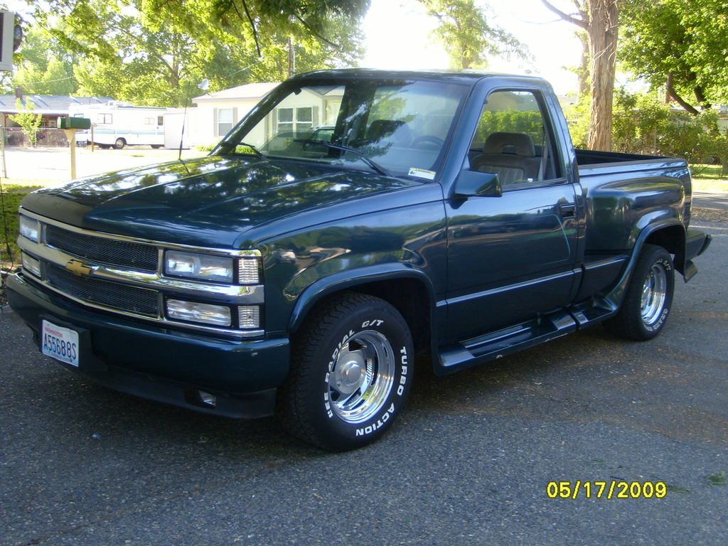 1990 Chevrolet K1500 Pickup Multiple also Chevy Fuse Box 1973 likewise 4lqb7 Ford E350 Econoline Super 1999 E350 Van Replacing Stock Speakers moreover 95 Suburban 1500 Engine Diagram further 90 Chevy K5 Blazer Wiring Diagram. on 1989 chevy suburban fuse diagram